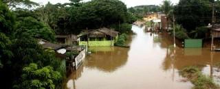 Jaru entra em estado de alerta por causa de fortes chuvas