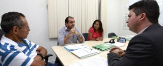 Laerte Gomes e Marcos Rogério pedem sinalização e redutores na BR 429