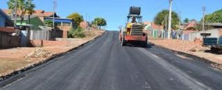 Pavimentação de 6 km de asfalto em Santa Luzia está com 90% de obra concluída