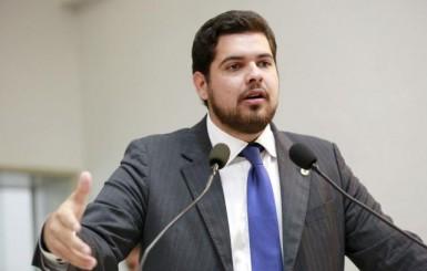 Jean Oliveira propõe homenagem ao ministro Blairo Maggi