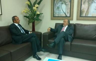 Deputado Lazinho solicita novo terreno para prefeitura de Jaru
