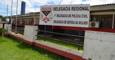 Filho de 19 anos, acusado de agredir a própria mãe, é preso em Cacoal