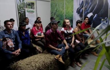 Inovações tecnológicas da bacia leiteira atraem nova geração de produtores rurais a 6ª Rondônia Rural Show