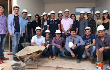 4º período de Engenharia Civil da FAROL visita as obras do Residencial Jequitibá