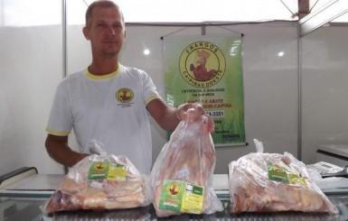 Mais de 30 agroindústrias e artesãos se reúnem no II Encontro Regional em Rolim de Moura