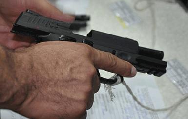 Governo facilita compra de armas para defesa pessoal de agentes penitenciários em Rondônia