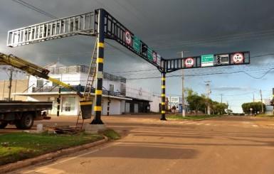 Convênio do Detran garante sinalização moderna em Rolim de Moura