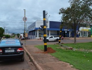 Novos semáforos começam a ser instalados em Rolim de Moura