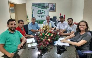 Rolim de Moura - Prefeitura fecha parceria com o Projeto Viveiro Cidadão para atender agricultore