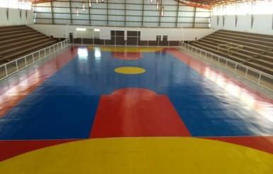 Obra do ginásio municipal entra na reta final em Rolim de Moura
