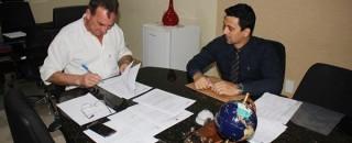 Rolim: Prefeitura assina contrato com a Caixa Econômica para retomar obras da Escola no bairro Cidade...
