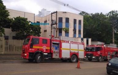 Incêndio atinge Faculdade São Lucas em Porto Velho