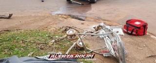 Grave acidente de trânsito é registrado no Centro de Rolim de Moura