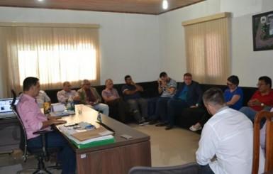 Cúpula da Rede Sustentabilidade e possível aliado visita Câmara de Rolim de Moura