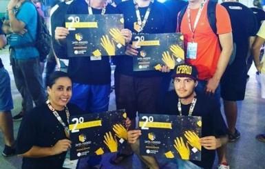 Acadêmicos de SI da FAROL são premiados por projeto de melhoria na Educação Pública