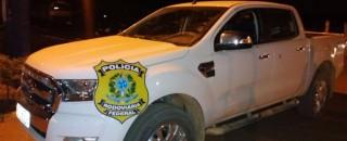 Bandidos roubam caminhonete, trocam tiros com a PRF e fogem deixando idoso de 71 anos amarrado