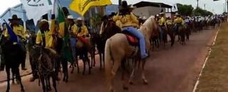 Cavalgada abre 36ª Exposição Agropecuária de Pimenta Bueno