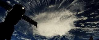 Furacão Florence avança nesta terça-feira nos EUA e causa pânico