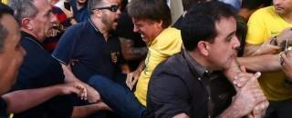 Vídeo: Bolsonaro é esfaqueado em Minas Gerais