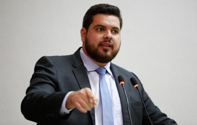 Jean Oliveira parabeniza os deputados e senadores eleitos em Rondônia nas eleições de 2018
