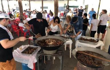 Loja Maçônica Thêmis e Ágora realiza 1º Porco & Cia, em Rolim de Moura