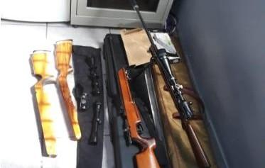 Operação:Polícia Civil de Costa Marques apreende armas com silenciador e luneta de precisão