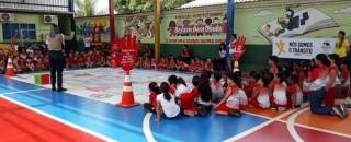 Semtran leva educação de trânsito para escolas da Capital