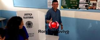 VÍDEO: Marcos Rocha vota no Colégio Tiradentes em Porto Velho