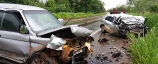 Duas pessoas morrem em gravíssimo acidente na BR-364 em Presidente Médici