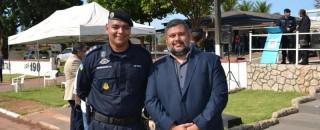 Dr. Lauro agradece Capitão Clodomar Rodrigues pelos relevantes serviços prestados à comunidade rolimourense