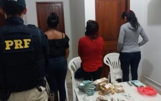 Mais de 110 mil são apreendidos com três bolivianas na BR 364 em Rondônia