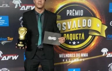 Nenem, lutador de RO, conquista Prêmio do Osvaldo Paquetá como Melhor Lutador de 2018