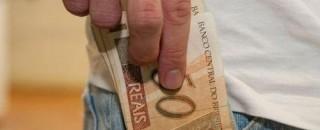 Seguro-desemprego é reajustado em 3,43% e pagará até R$ 1.735,29
