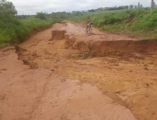 Urgente! Rolim de Moura: SEMEC suspende transporte escolar devido às chuvas