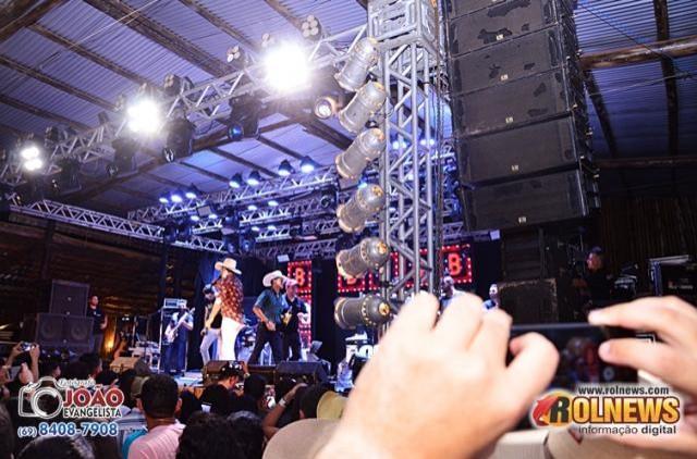 15º NOVEMBER FEST COM BRUNO E BARRETTO