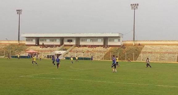 Atletas da Escolinha de Futebol Rolim são avaliados por observador do Atlético Mineiro
