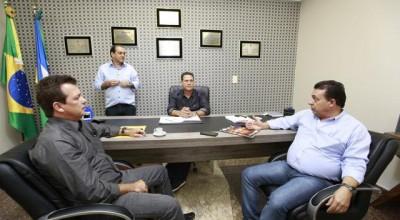 Diretores do Banco do Povo agradecem Maurão de Carvalho