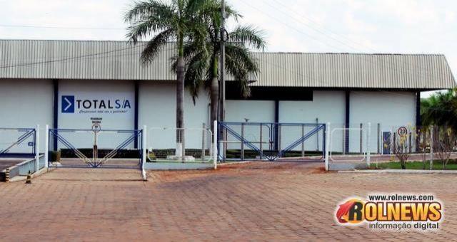 Prefeitura faz termo de cooperação para frigorífico começar a funcionar, em Rolim de Moura