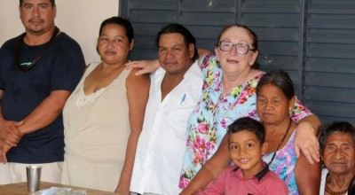 Deputada Lúcia Tereza visita escola indígena na aldeia Sowaintê