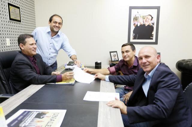 Deputados asseguram apoio para Novo Horizonte do Oeste