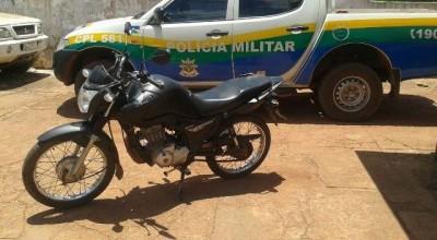 Rolim:Polícia Militar encontra motocicleta furtada abandonada no antigo Balneario