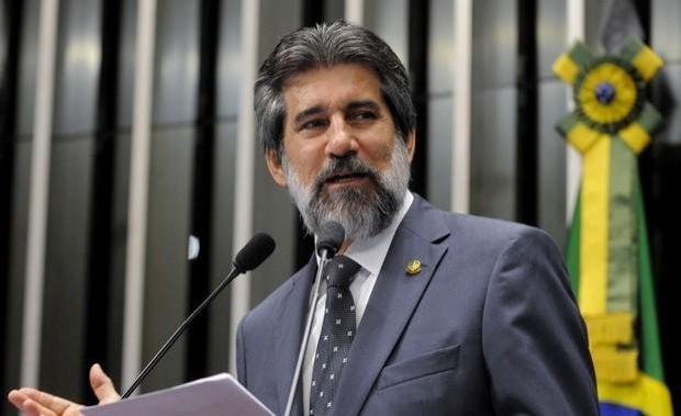 Senador Raupp apoia mobilização   dos  criadores que  buscam uma  saída para  queda no preço da arroba do boi em Rondônia