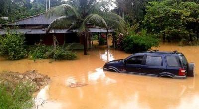 Forte chuva causa prejuízos em Porto Velho