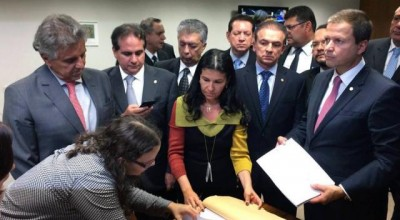 OAB oficializa novo pedido de impeachment contra a presidente Dilma Rousseff