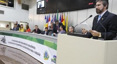 Raupp cobra reativação da BR 319 na reunião do Parlamento