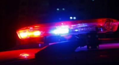 Mulher é multada no Trânsito e filho alterado desacata policiais e termina preso em Cacoal