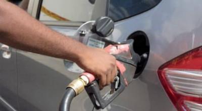 Preço médio da gasolina sobe de R$ 3,764 para R$ 3,788, a partir do dia 1º de maio