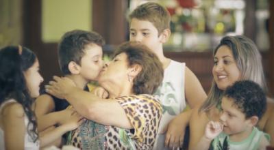Clientes reais estrelaram em campanha do Dia das Mães na Gazin