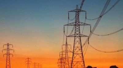 Conta de luz vai cair a partir de julho com menor número de térmicas em operação