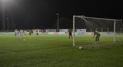 Ji-Paraná vence Rolim de Moura por 2 a 1 e briga por vaga na final do returno